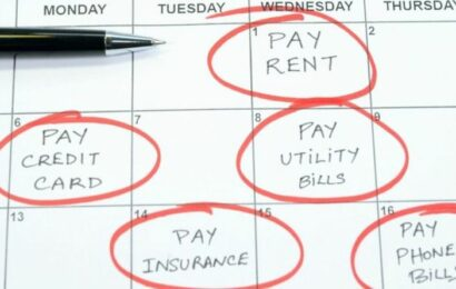 Universal Credit warning: Renters could be made to pay back thousands in housing benefit