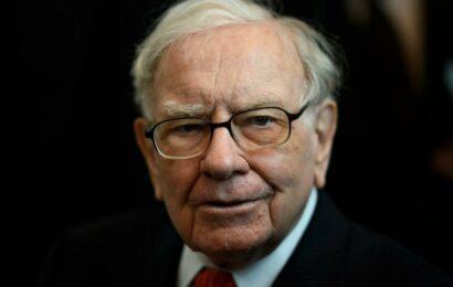 Warren Buffett warns on US inflation
