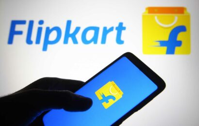 India's enforcement agency threatens Flipkart and founders with $1.35 billion fine