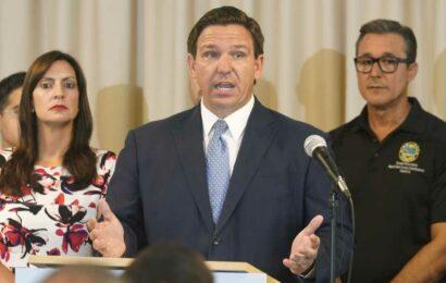 Ron DeSantis' School Mask Mandate Ban Struck Down by Florida Judge