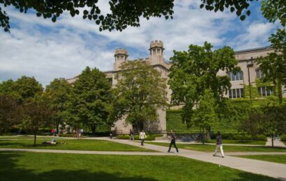 CDC study shows unvaccinated students who attended spring break led Covid outbreak at University of Chicago